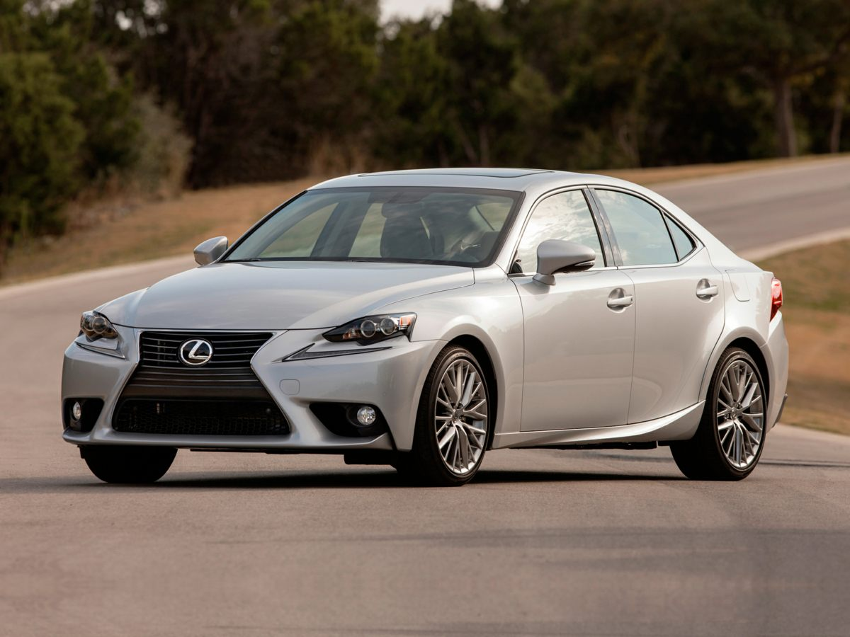 2015 Lexus IS 250 Front Power Bucket SeatsNuLuxe Seat TrimLexus Premium Audio System4-Wheel Dis
