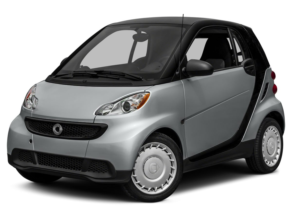 2014 Smart Fortwo Silver 2D Coupe and 5 Speed Automatic with Smart-Shift One owner You dont se