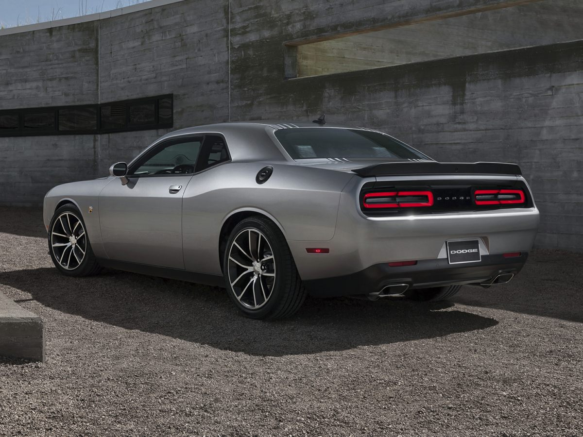 2015 dodge challenger r t scat pack used cars in honolulu hi 96819. Black Bedroom Furniture Sets. Home Design Ideas