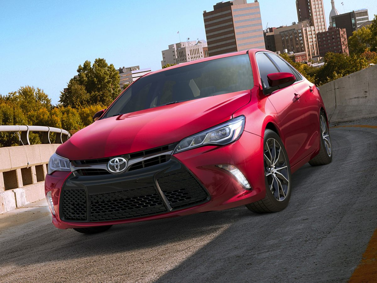 2015 Toyota Camry SE Gray Camry SE and 4D Sedan Fuel Frugality A gas sipper Be the talk of the