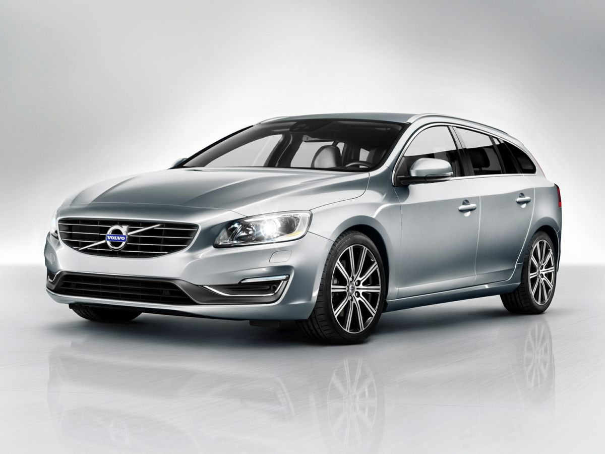 2016 Volvo V60 T5 Silver Wheels 17 Pallene AlloyFront Bucket SeatsLeather Seating SurfacesRa