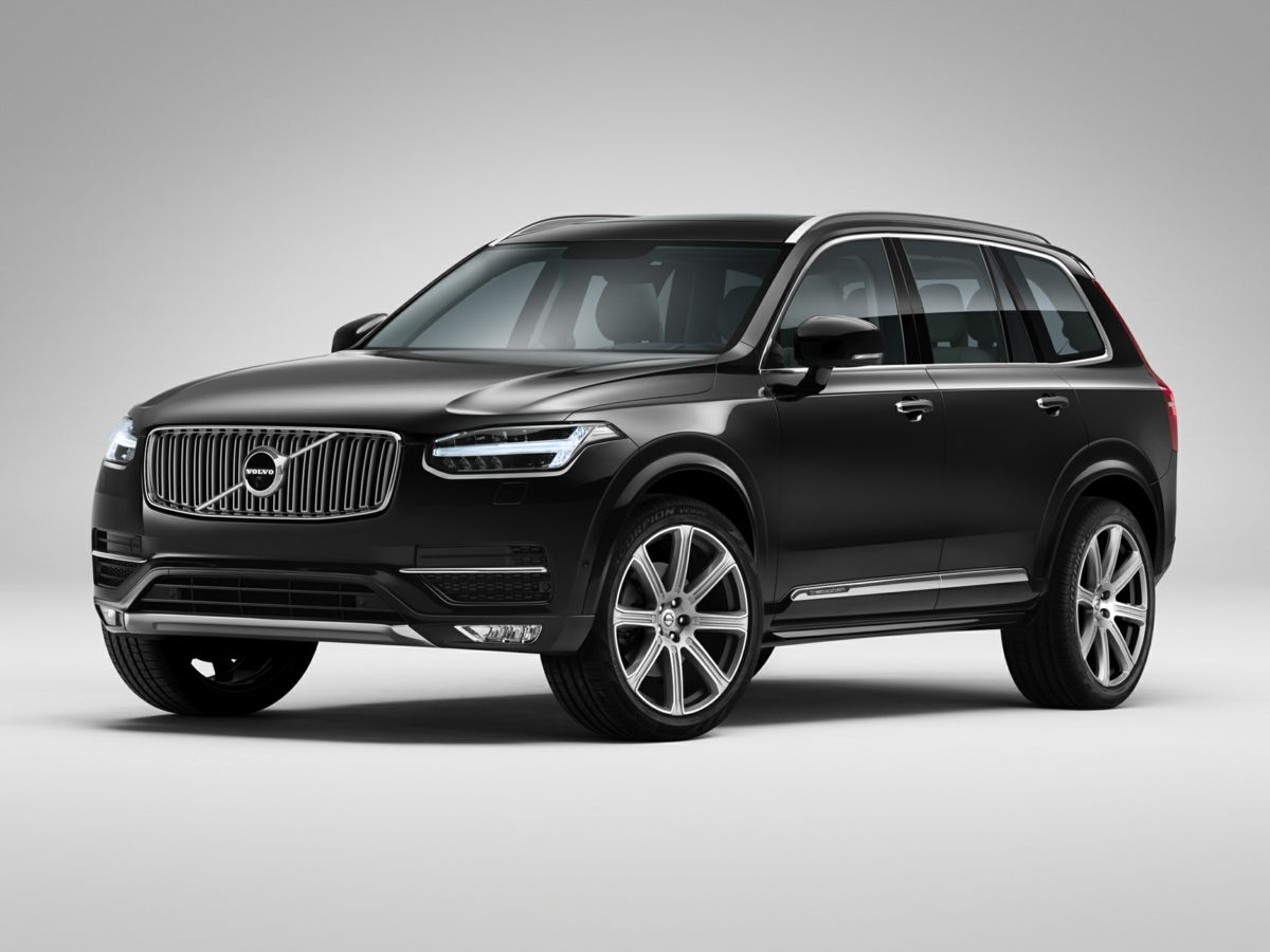 2017 Volvo XC90 T6 Momentum White XC90 T6 Momentum 4D Sport Utility AWD Navigation System and