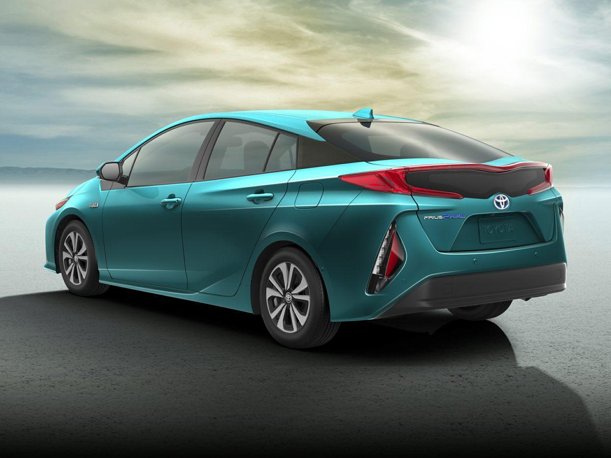 2018 Toyota Prius Prime Premium Silver    Titainium 2018 Toyota Prius Prime Premium FWD CVT 18L
