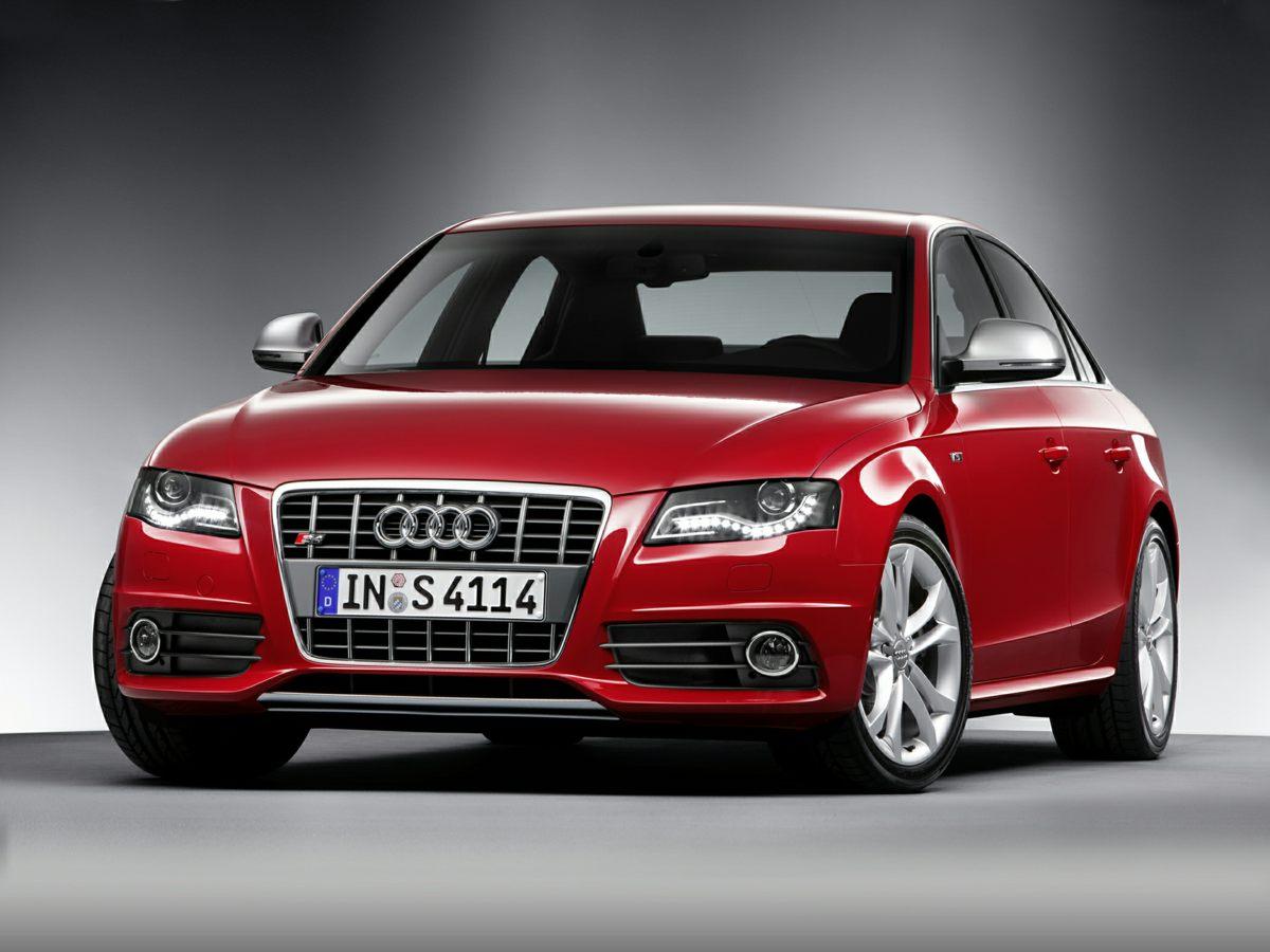 2011 Audi S4 4dr Sdn S Tronic Premium Plus CD player