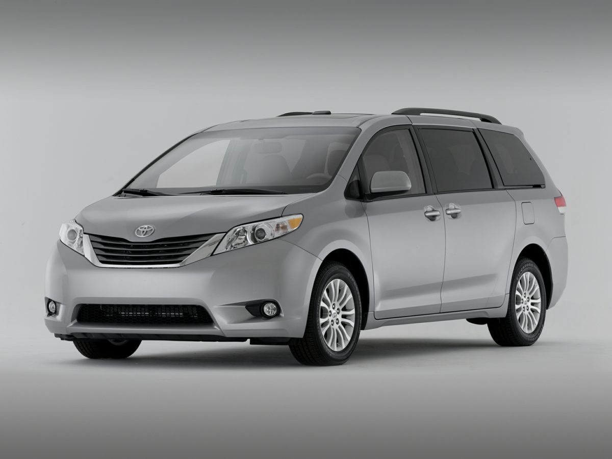 2013 Toyota Sienna SILVER SKY METALLIC Bluetooth Connection