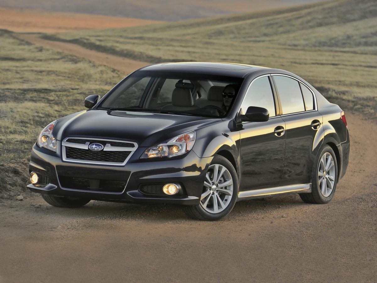 2013 Subaru Legacy 4dr Sdn H4 Auto 2.5i Premium SILVER