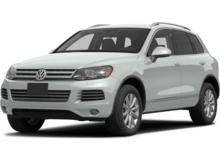 2013_Volkswagen_Touareg_VR6 FSI_ Pittsburgh PA
