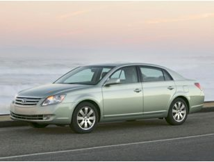 2005 Toyota Avalon Sedan