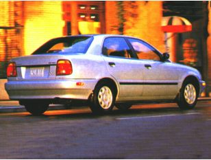 1996 Suzuki Esteem Sedan