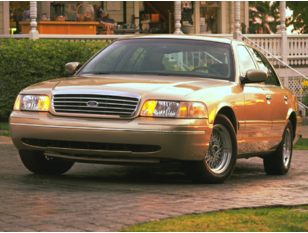 1999 Ford Crown Victoria Sedan