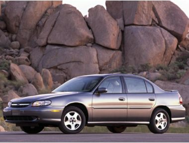 2004 Chevrolet Classic Sedan