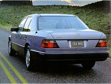 1992 Mercedes-Benz 400 Sedan