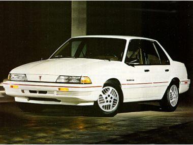 1992 Pontiac Sunbird Sedan