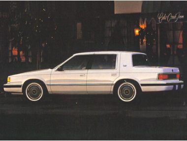 1993 Dodge Dynasty Sedan