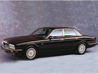 1993 Jaguar XJ12 Base (STD is Estimated) Sedan Ratings ...