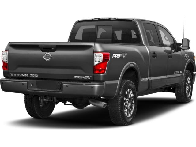 2017 nissan titan xd 4x4 diesel crew cab sl eau claire wi 16105674. Black Bedroom Furniture Sets. Home Design Ideas