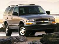 2000 Chevrolet Blazer 4d SUV 4WD LS at Good Wheels near Ellwood City, PA