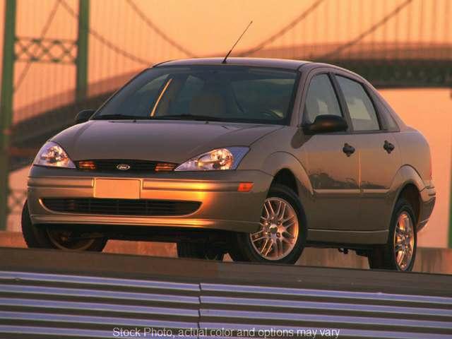 Used 2000  Ford Focus 4d Sedan SE at Midgette Auto near Harbinger, NC