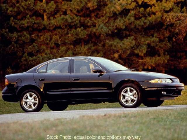 Used 2000 Oldsmobile Alero 4d Sedan GLS at Car Country near Aurora, IN