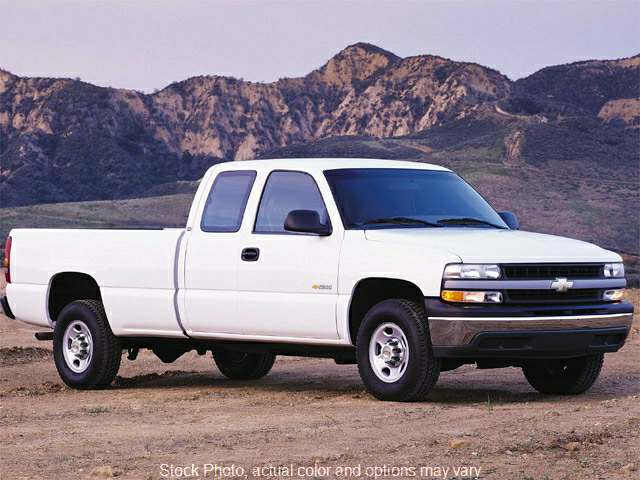 2001 Chevrolet Silverado 1500 4WD Ext Cab at Good Wheels near Ellwood City, PA