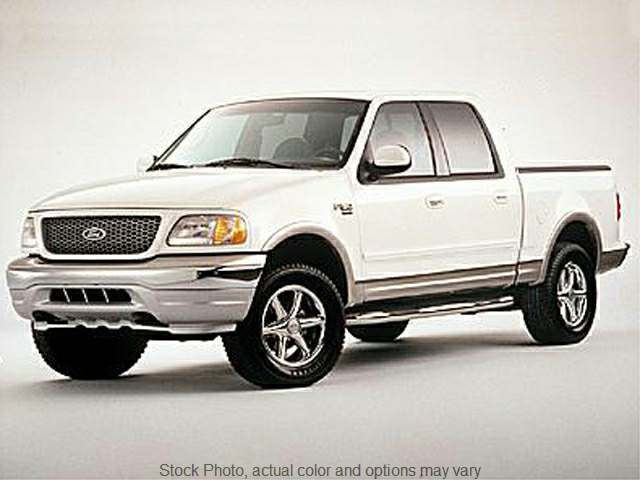 Used 2001  Ford F150 4WD SuperCrew Lariat at Shook Auto Sales near New Philadelphia, OH