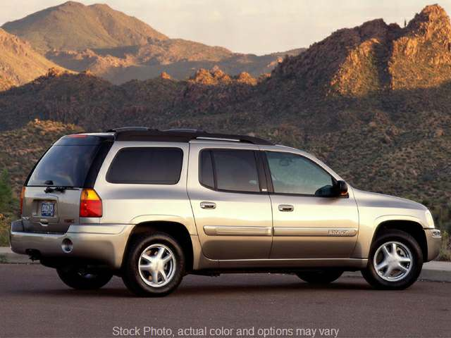 Used 2002  GMC Envoy XL 4d SUV 4WD SLE at City Wide Auto Credit near Toledo, OH