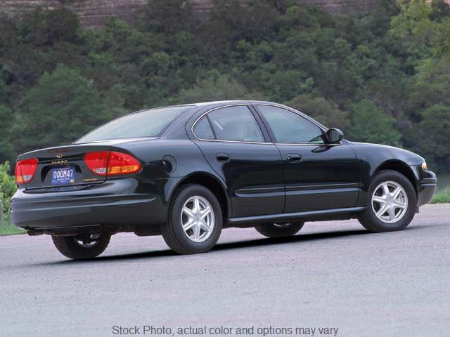 Used 2002  Oldsmobile Alero 4d Sedan GL V6 at Good Wheels near Ellwood City, PA