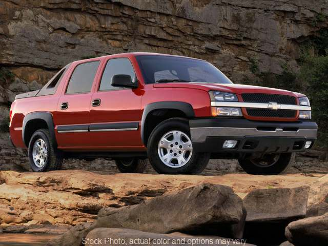 Used 2004  Chevrolet Avalanche 1500 SUV 4WD at Auto Pro Superstore near Fort Wayne, IN
