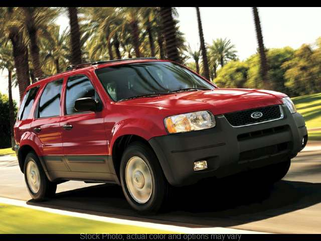 Used 2003  Ford Escape 4d SUV 4WD XLS Popular at Car Country near Aurora, IN