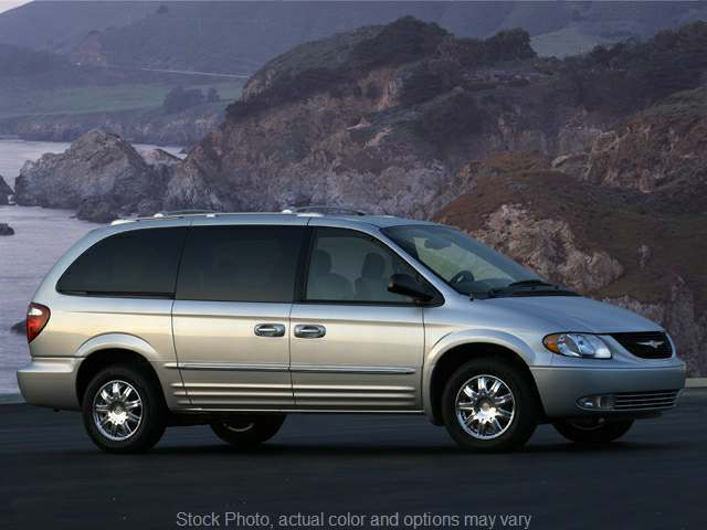 Used 2004  Chrysler Town & Country 4d Wagon LX at Graham Auto Group near Mansfield, OH