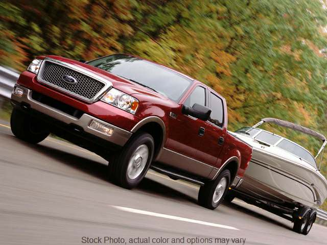 Used 2005  Ford F150 4WD Supercrew XLT at Kroll Auto Sales near Marion, IA