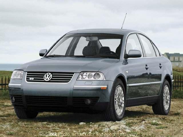 2004 Volkswagen Passat 4d Sedan GLS AT at Good Wheels near Ellwood City, PA