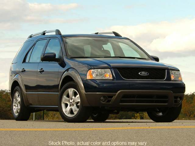Used 2007  Ford Freestyle 4d SUV AWD SEL at Harrisburg Car Credit near Mechanicsburg, PA
