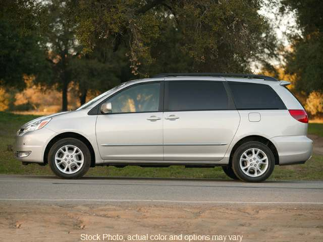 Used 2005  Toyota Sienna 4d Wagon XLE AWD at VA Cars West Broad, Inc. near Henrico, VA