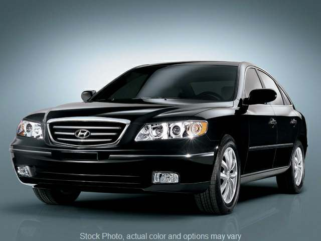 Used 2006  Hyundai Azera 4d Sedan Limited at Action Auto Group near Oxford, MS