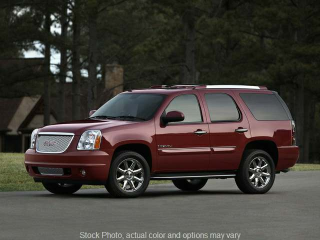 2007 GMC Yukon XL 1500 SUV 4WD Denali at City Wide Auto Credit near Toledo, OH