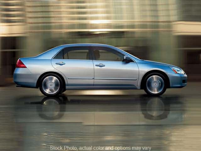 Used 2007  Honda Accord Sedan 4d EX-L V6 Auto at Car Country near Aurora, IN