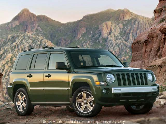 Used 2007  Jeep Patriot 4d SUV 4WD Limited at Good Wheels near Ellwood City, PA
