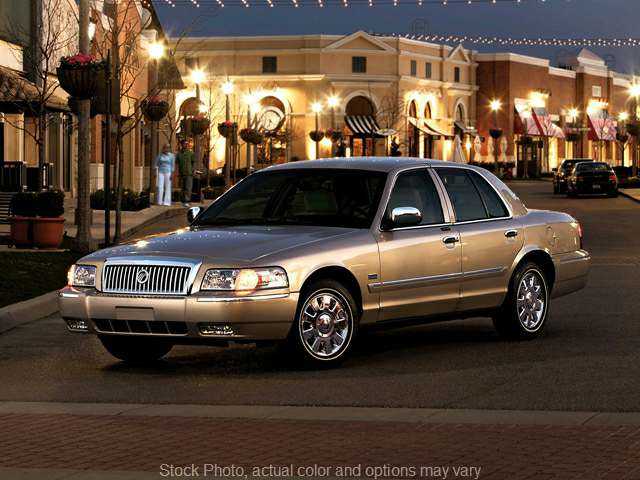 2008 Mercury Grand Marquis 4d Sedan LS at Express Auto near Kalamazoo, MI