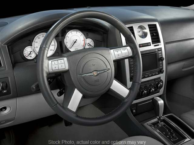 Used 2009  Chrysler 300C 4d Sedan Executive at Springfield Select Autos near Springfield, IL