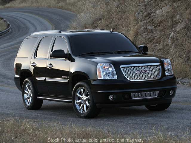 2013 GMC Yukon 4d SUV 4WD Denali at Naples Auto Sales near Vernal, UT