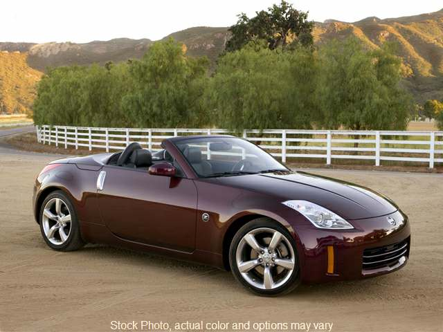 Used 2008  Nissan 350Z 2d Roadster Touring Auto at Car Country near Aurora, IN