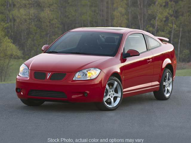 Used 2009  Pontiac G5 2d Coupe at Bradley Auto Finance near Hudson, NH
