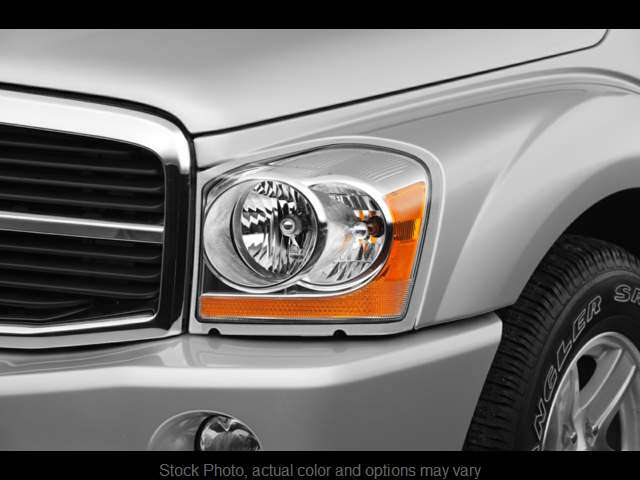 Used 2005  Dodge Durango 4d SUV 4WD Limited Hemi at Good Wheels near Ellwood City, PA