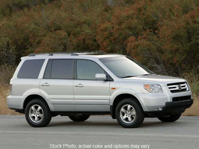 2006 Honda Pilot 4d SUV FWD EX-L at Good Wheels near Ellwood City, PA