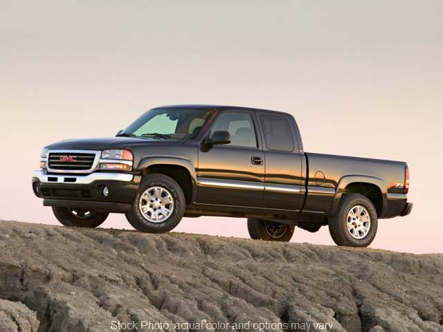 Used 2007 GMC Sierra 1500 Classic 4WD Ext Cab SLE1 SB at Dutro Ford Lincoln Nissan near Zanesville, OH