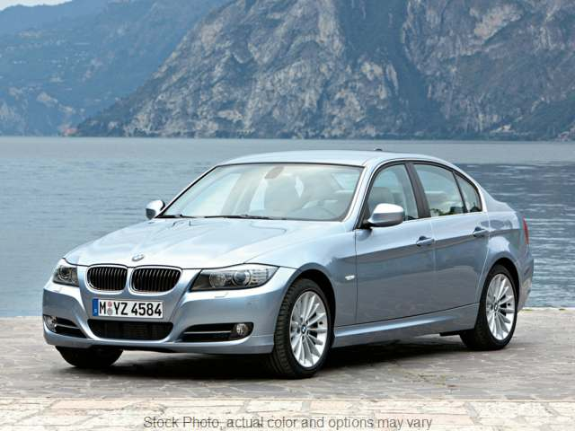 Used 2010  BMW 3 Series 4d Sedan 328xi at City Wide Auto Credit near Oregon, OH