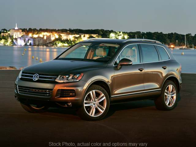 2012 Volkswagen Touareg TDI 4d SUV V6 Executive w/Rearview Cam at Estle Auto Mart near Hamler, OH