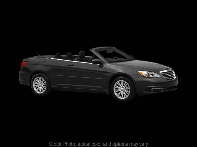 Used 2012  Chrysler 200 2d Convertible Limited at Bobb Suzuki near Columbus, OH