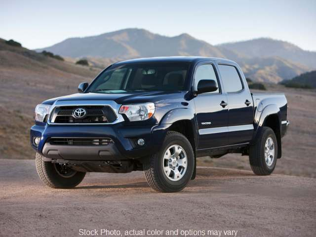 Used 2015  Toyota Tacoma 4WD Double Cab Short Bed Auto at Graham Auto Group near Mansfield, OH